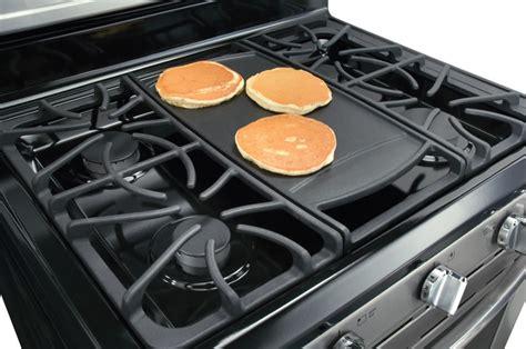frigidaire fggfkf   freestanding gas range   sealed burners quick boil burner