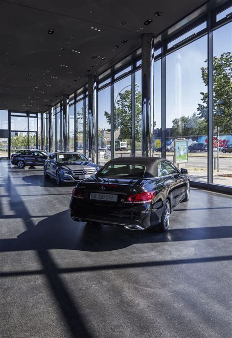 View a detailed profile of the structure 109070 including further data and descriptions in the emporis database. Zentrale Mercedes-Benz Vertrieb Deutschland, Berlin - ais-online.de