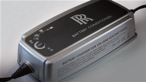battery tendertrickle charger  rolls royce ghost