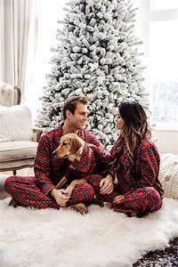 Ultimate Guide For Your Couple Christmas Photoshoot