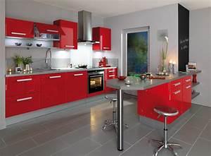 la cuisine rouge inspiration cuisine With meuble de salle a manger avec cuisine couleur rouge bordeaux