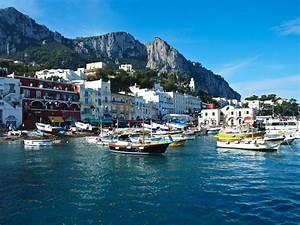 The Capri Suite LIVINGPOD