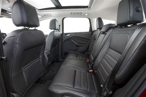 what does interior 2017 ford escape vs 2017 ford explorer