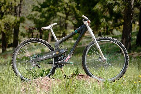 bcds carbon er dh bike   bcds carbon er