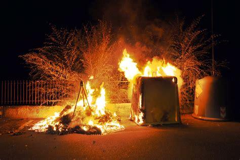 quarter dumpster fire dooms raptors  knicks