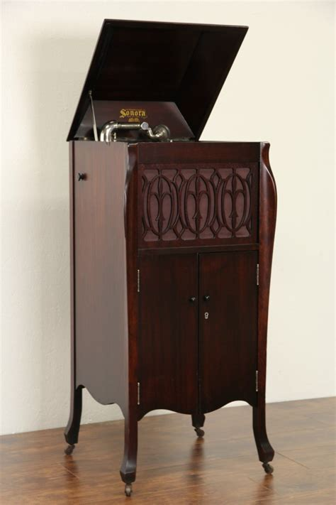 sold sonora windup antique  phonograph record player