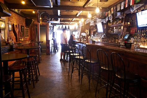 failte irish whiskey bar bars  kips bay  york