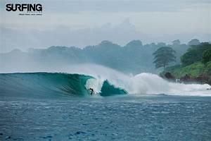 January 2011 Issue Wallpaper - SURFER Magazine