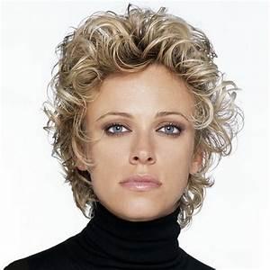 Cheveux Court Bouclé Femme : coupe de cheveux fris s mi long ~ Louise-bijoux.com Idées de Décoration