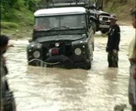 mobil jeep offroad bojonegoro ekspose foto mobil jeep offroad modifikasi 2