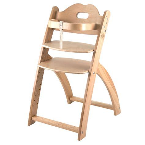 quelle chaise haute choisir comment choisir sa chaise haute sur larmoiredebebe com