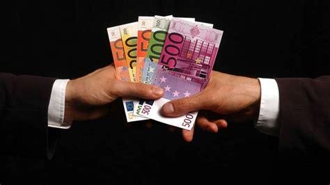 geld kreislauf des geldes wirtschaft gesellschaft