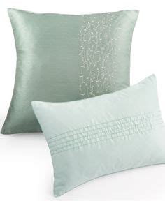 Macys Sofa Pillow Covers by 1000 Images About Spilveni On Silk Pillow