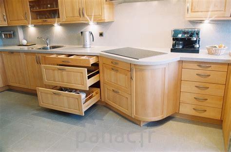 cuisine en bois naturel meubles de cuisine enti 232 rement en bois naturel
