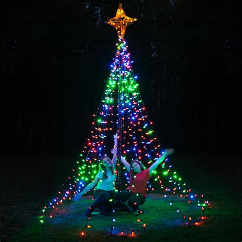 outside christmas tree lights diy christmas ideas make a tree of lights using a