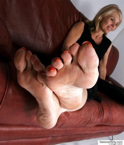 Mature Feet Sophia Pics Xhamster