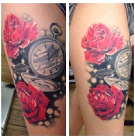 klok tattoo voorbeelden laat je inspireren door dutch ink