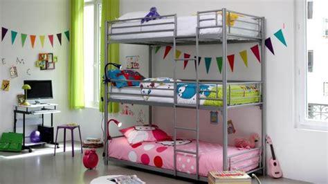 amenager une chambre avec 2 lits décoration chambre avec lit superpose