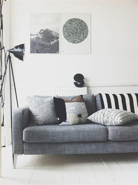 canapé déco divagations autour d un canapé gris cocon de décoration