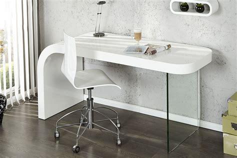 bureau design blanc laqué bureau design blanc laque et verre timmen