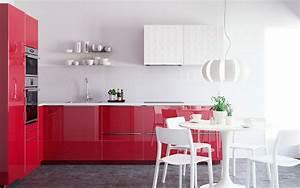 Meuble Cuisine Rouge Laqué : cool cuisine rouge laque table et chaises blanches ikea with meubles cuisine rouge ~ Teatrodelosmanantiales.com Idées de Décoration