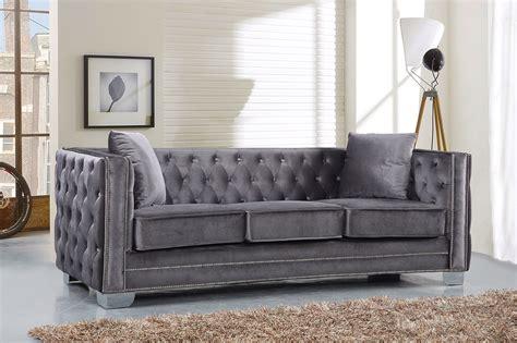 Velvet Tufted Loveseat by Gianni Modern Grey Button Tufted Velvet Sofa Loveseat W
