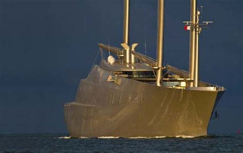 Biggest Boat Ever Designed by Undaunted The 42 Inch Yacht Still Hoping To Become The