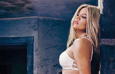 Khlo Kardashian Says She D Definitely Have Sex With Bill