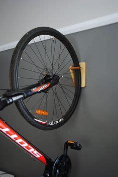 Garage Fahrrad Aufhängen by Hausgemachte Fahrradtr 228 Ger Holz Holz