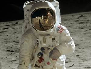 Earth & Universe - Apollo 11 spaceflight, first manned ...