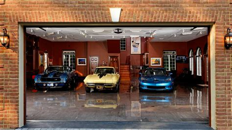 World's 10 Best Garages  Fast Car