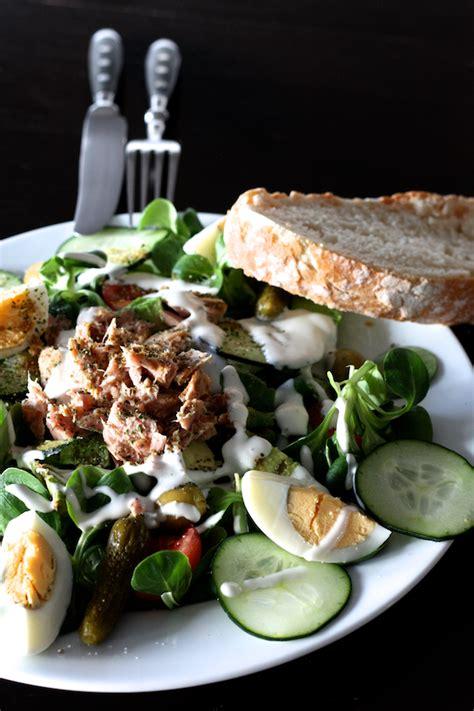 cuisine en dur salade de mâche oeuf dur thon cuisine en scène le