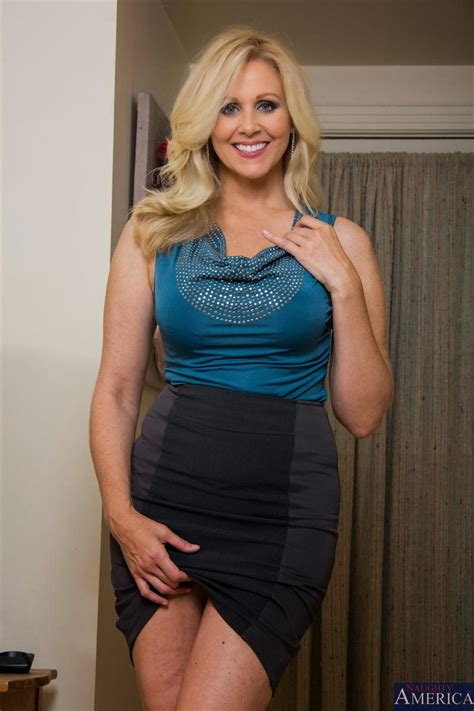 Julia Ann Hot Mom Hot Girl Beautiful