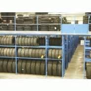 Rack A Pneu : carrousel pour pneumatiques ~ Dallasstarsshop.com Idées de Décoration