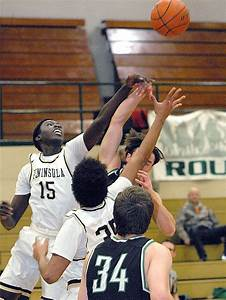 MEN'S BASKETBALL: Rough night at the office for Peninsula ...