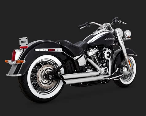Vance & Hines Big Shots Staggered Exhaust In Chrome For