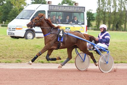 jean pierre aumont le trot equin normand 187 grand national du trot a vire