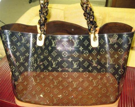 louis vuitton ambre beach bag    kenneth hutter auctions  ny