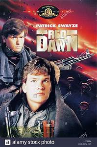 CHARLIE SHEEN & PATRICK SWAYZE POSTER RED DAWN (1984 Stock ...