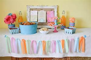 How to Host a Colorful Mother's Day Party