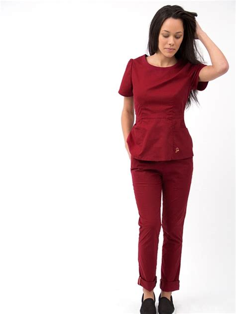 Jaanuu is Making Stylish Scrubs for the Healthcare ...