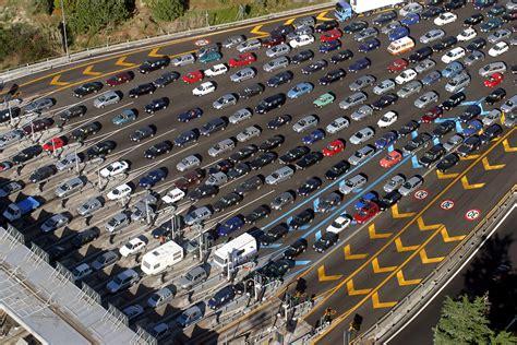 le previsioni del traffico sulle autostrade nel weekend