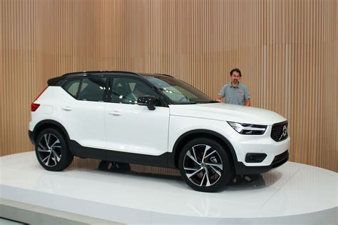 2019 Volvo Xc40 Crashes Milan's Fashion Week Automobile