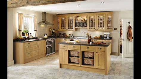 Tewkesbury Light Oak Traditional Shaker Style Kitchen