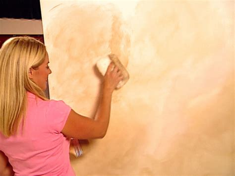 Decorative Paint Technique Color Washing A Wall Howtos