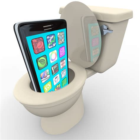 dropped my iphone in the toilet drop the phone in a toilet and still use it