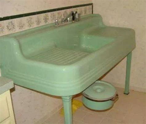 vintage kitchen sinks for sale 52 best images about drainboard sinks on pinterest