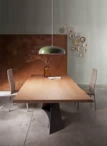 table 224 manger en bois naturel 224 pieds crois 233 s en acier