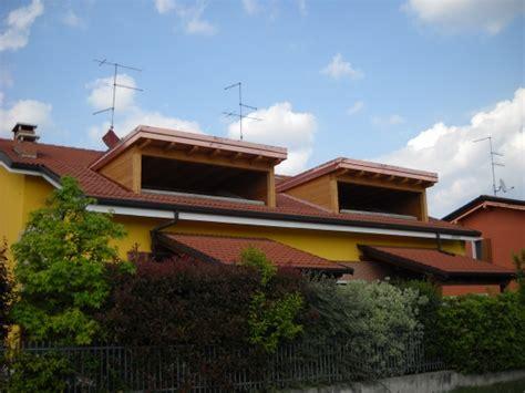 coperture terrazze in legno chiusura di due terrazze solarium con copertura in legno