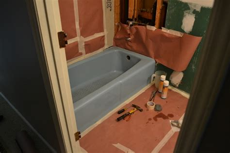 Bathtub Glaze by Bathtub Reglazing Mandy S Blue Bathtub Is Now White
